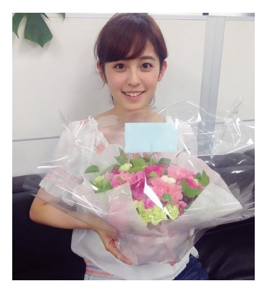 2015年ブレイク候補の美女・久慈暁子、祝福続きの誕生日に感謝「伝えきれないくらい幸せ」