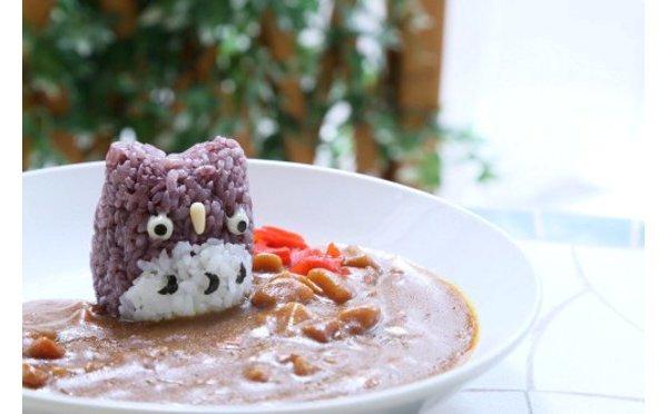 """「ことりカフェ」1周年記念""""フクロウカレー""""が可愛すぎる!"""