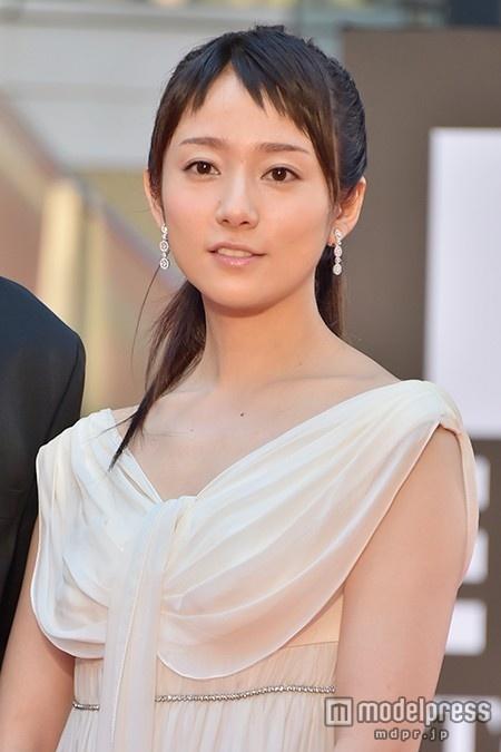 木村文乃、蜷川幸雄さんへの感謝の思い 突然の訃報に「ほかの舞台出来そうにない」