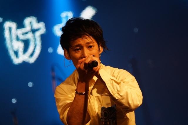 UVERworld・TAKUYA∞、一般女性との入籍を発表「より音楽活動をしていきます」