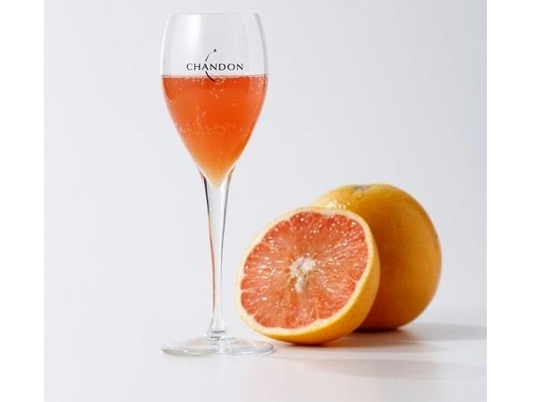 フランスで人気のカクテルも飲める♪「東京ガーデンテラス紀尾井町」に、夏限定の「CHANDON SUMMER ESCAPE TERRACE」が登場!