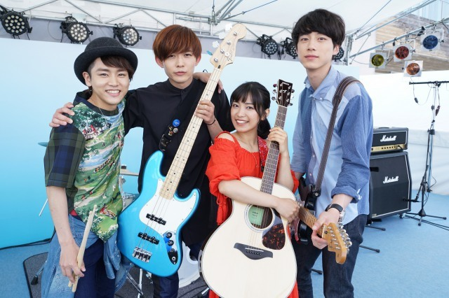 miwa&坂口健太郎のバンド写真公開 映画『君と100回目の恋』