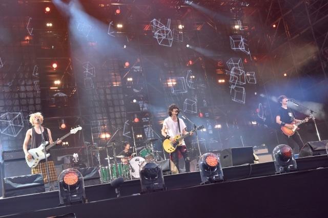 BUMP OF CHICKEN、バンド初の日産でツアー完遂 2daysで14万人集結