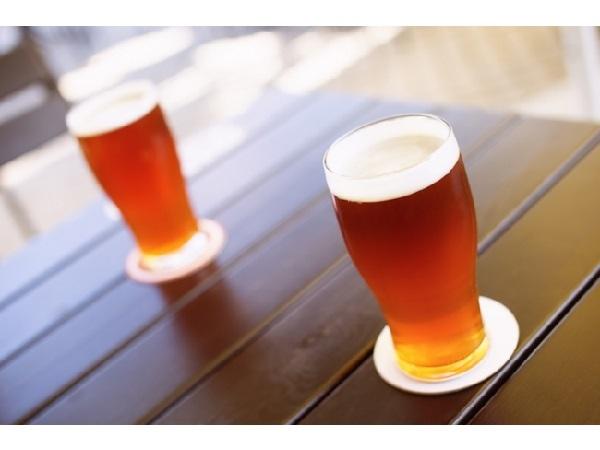 10種類のクラフトビールと100種類の日本酒を飲み比べ祭り♪50名限定、新宿「KURAND SAKE MARKET」で開催