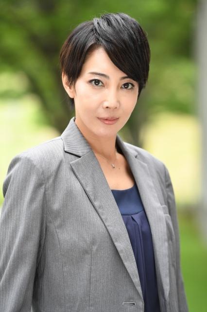 柚希礼音、宝塚退団後初ドラマ&初の女役「本当に緊張」 主演の珠理奈は凛々しさにメロメロ
