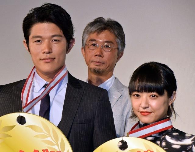 井上真央&鈴木亮平、五輪出場の猫ひろしに便乗で映画PR「ニャーですよ!」