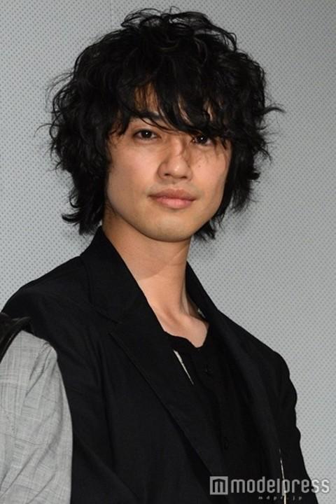 斎藤工 キス