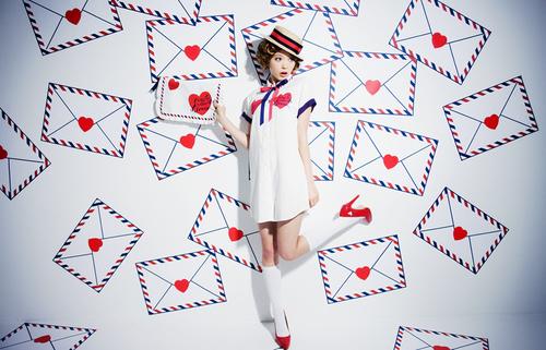 ハロウィン仮装にも◎トランプ柄のネイルデザインが最近人気の秘密♡