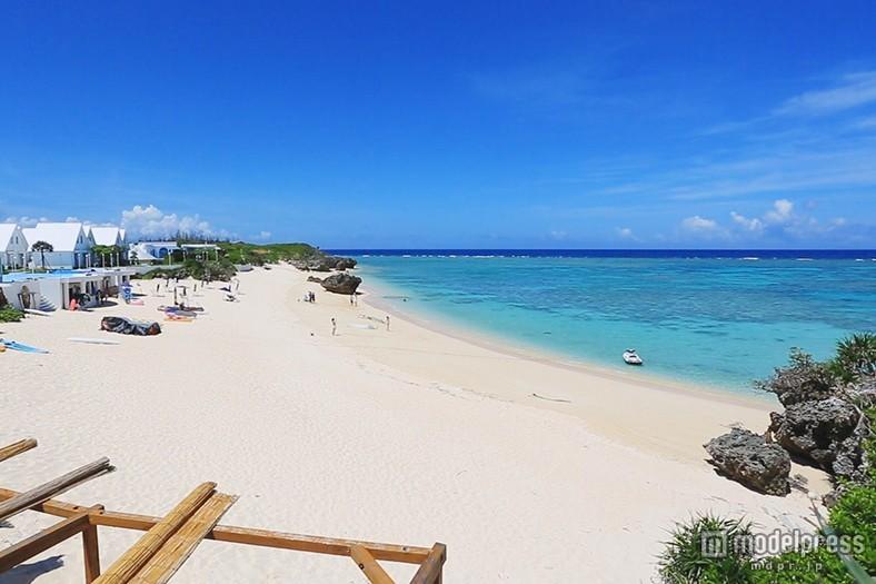 海外級の絶景ビーチに会える!週末すぐ行ける国内リゾートに注目
