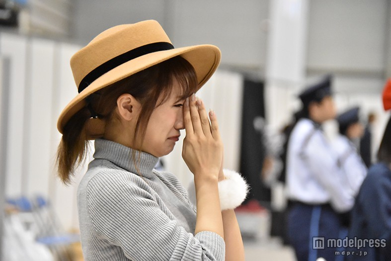 高橋みなみ、AKB48ラストシングルのセンター発表で涙 新ユニット発表も