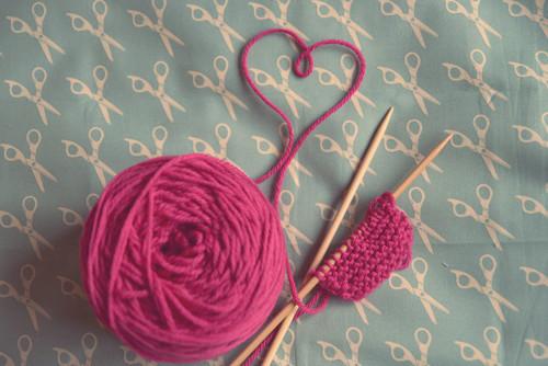 冬はふわふわ感にくるまれたい…♡柔らかニュアンスがあったかい、毛糸ネイルデザイン特集♡