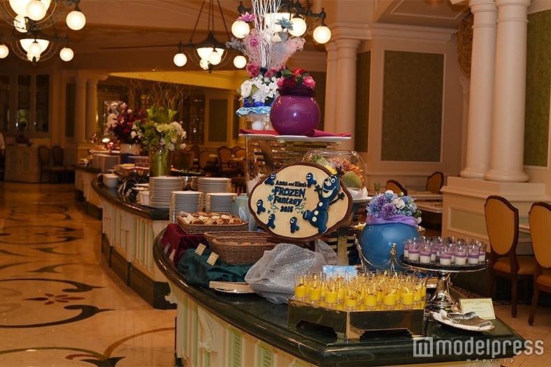 「アナ雪」モチーフがたくさん! カラフルなディズニーホテルビュッフェでお腹も満足<試食レポ>
