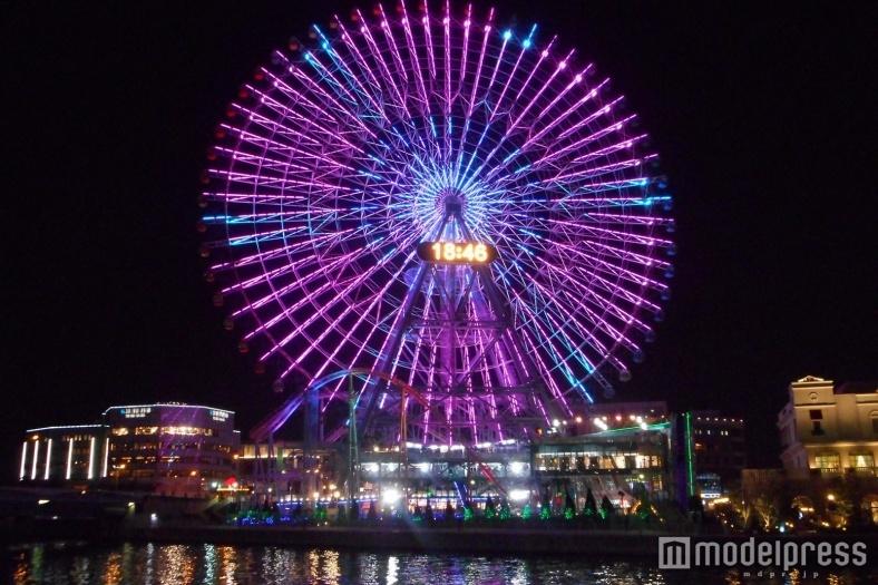 横浜の大観覧車がリニューアル、世界初のライトアップイルミを点灯