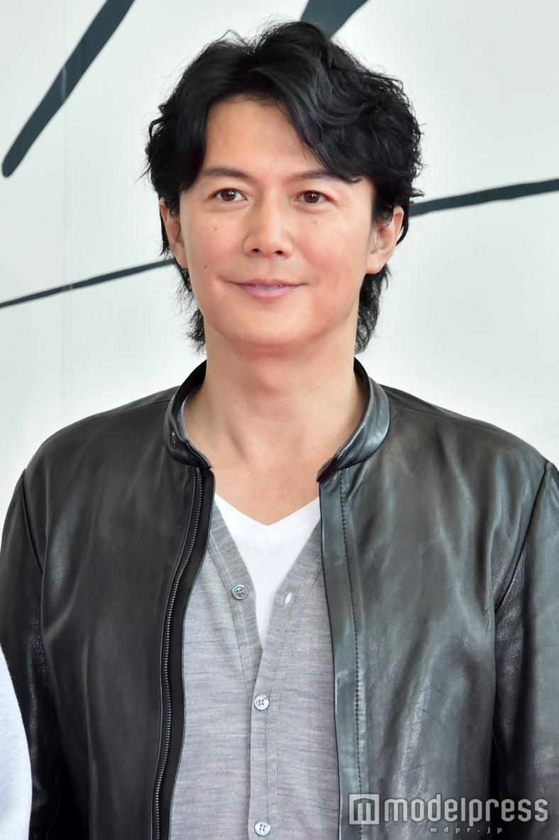 福山雅治、3年ぶり月9で魅力全開 女性視聴者興奮「惚れんなよ」