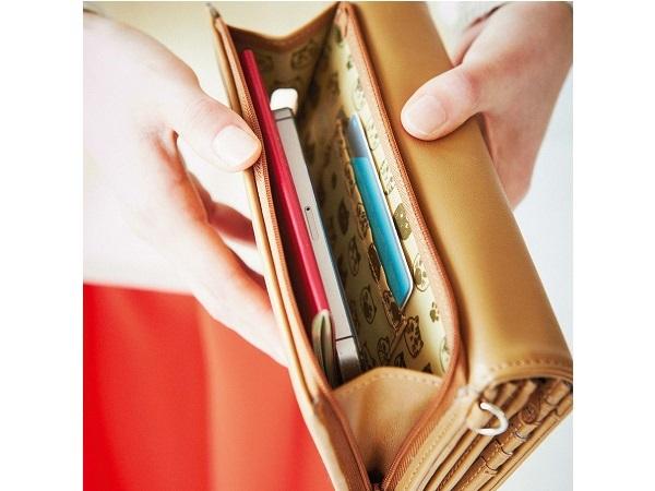 猫好きさんのための大容量長財布がフェリシモ猫部から!ポケットはいくつあるのかにゃん?
