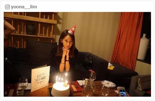 少女時代ユナ、誕生日でメンバーから祝福 2ショット公開で反響「絆の深さを感じる」「愛が溢れてる」