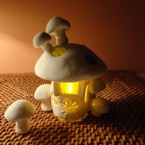 【超簡単!】100均の紙粘土でキュートな癒し系ランプを作る!ランキング
