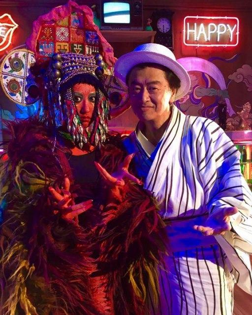 """桑田佳祐、「ヨシ子さん」ダンスパーティーで""""限定バンダナ""""配布"""