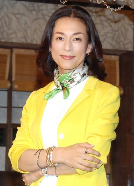鈴木保奈美、久々の恋愛劇「すてきなホルモンの点滴」 18年ぶり連ドラ主演