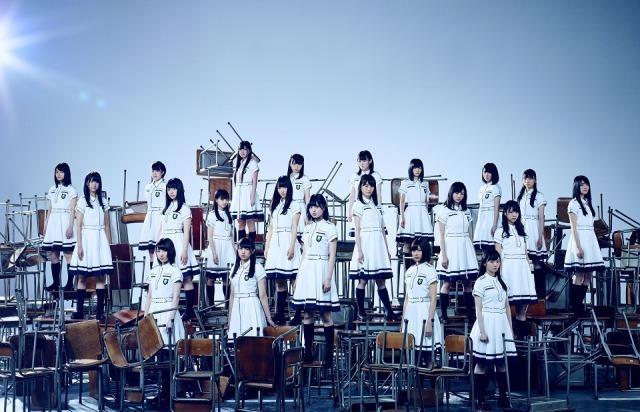 【オリコン】欅坂46、初動30万枚超で2作連続首位 女性グループ3組目の猛発進