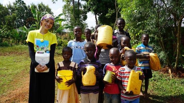 石原さとみ、アフリカ・ケニアで井戸掘り挑戦「貴重な経験」