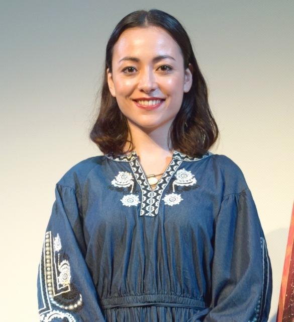女優・美波、フランスでの飛躍誓う パリ留学後初の国内イベント登場