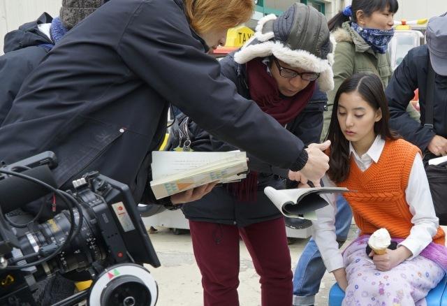 """中島裕翔&新木優子、お互い探り合った""""米袋ジャンプ"""" 『ぼくごは』撮影現場で2人を直撃"""