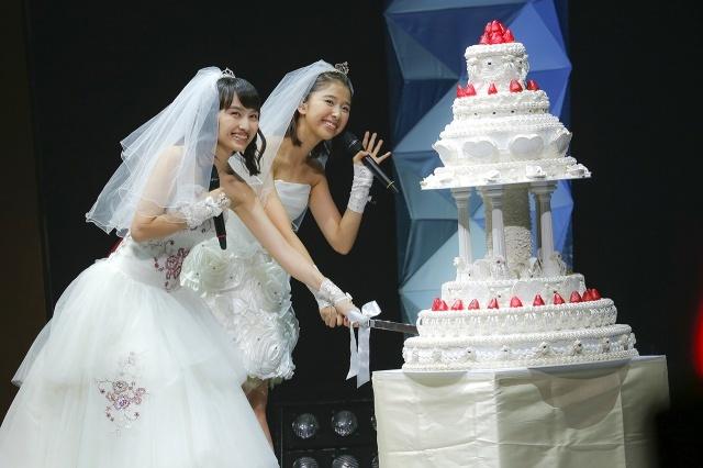 ももクロ百田&玉井、「ももたまい婚」で豪華披露宴 モノノフも祝福