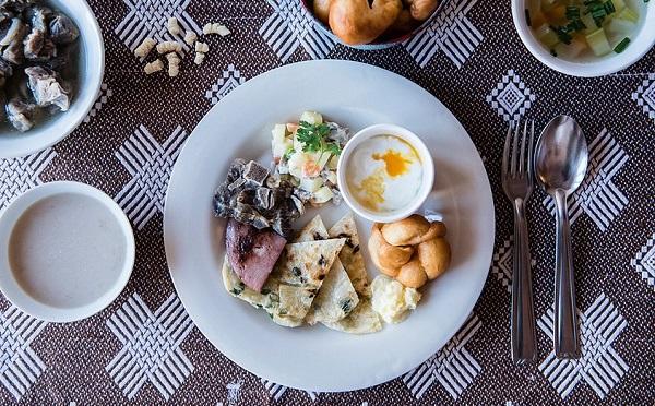 のんびり遊牧民気分を味わえる♪外苑前の人気店でモンゴルの朝ごはんを楽しもう