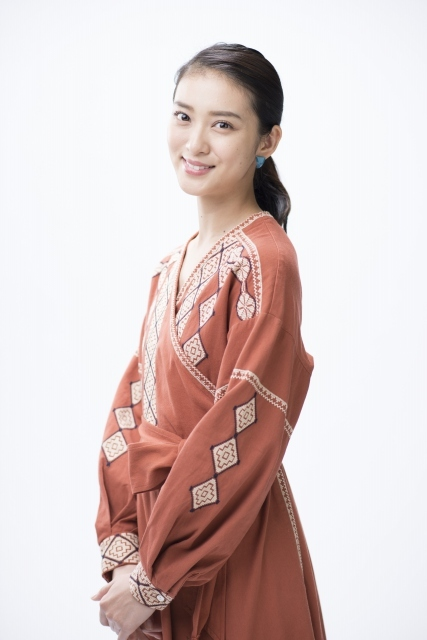 武井咲、時代劇ならではの一途な恋愛に憧れ「すてき」
