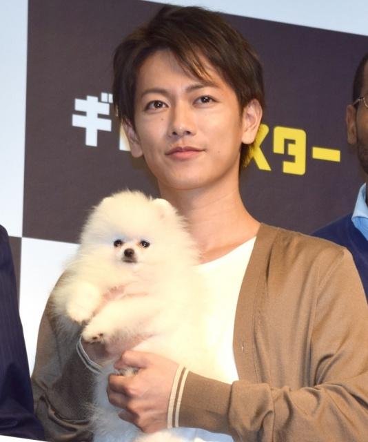 佐藤健、ソフトバンク新CMで「白戸家」仲間入り 上戸彩の弟役