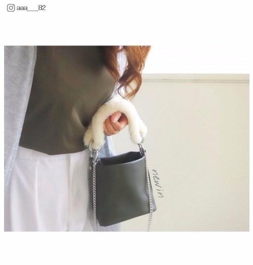 【話題のアイテム】今季はファーがなくちゃ始まらない!「ZARA」のファーストラップバッグが可愛い