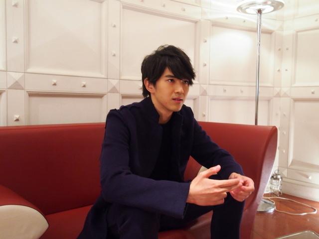 仮面ライダーシリーズでこの秋テレビデビュー! 注目の若手俳優、甲斐翔真クンに迫る!!