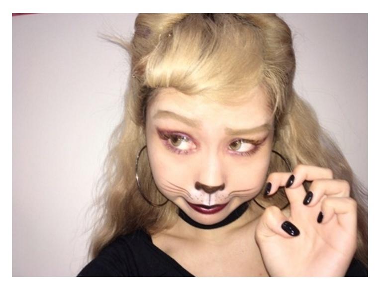 """ハロウィンは""""本格猫メイク""""で差をつける!ぺこ・益若つばさもレディなキャットに"""