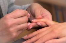 セルフネイル派注目!口コミで人気のネイルケア商品紹介します☆爪のお手入れに便利♪