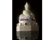 日本一高い!?高さ52センチ、6万円、すべてにおいて究極のクリスマスケーキ登場