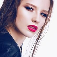 美人度をアップさせるには、目と眉の位置バランスが命