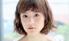 女の子らしさと小顔効果の両方をかなえる『エアリーボブ』スタイル集