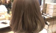 今年の圧倒的オーダー数の髪色はこれ!!光に透けるグレージュカラー♡♡♡