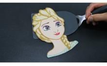 これぞ神業!パンケーキで描いたアナ雪「エルザ」のクオリティが高すぎる!