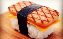"""まるでお寿司!ヘルシー&かわいい""""ハワイアンおむすび""""に注目"""