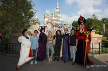 ディズニー・ヴィランズの子どもの物語、続編製作決定 パークに出演キャスト集合でファン歓喜