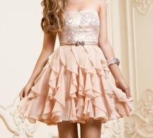 ウェディングは手元美人に♡結婚式の日に一生で一番かわいくなれちゃう花嫁ネイル15選♡
