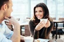 忙しい中でもちょっとほっこりするコーヒーネイル♡