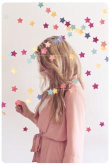 満天の星空を大好きな人と見たい!「星」モチーフのネイルデザイン集2016