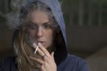 喫煙女子注意! スモーカーズフェイスになってない?