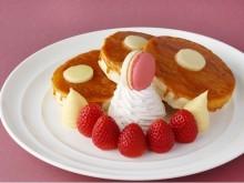 """""""ふわっ""""と""""カリッ""""でクレームブリュレのような新食感!あまおうを贅沢に添えたパンケーキで至福のひとときを"""