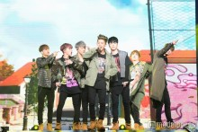 "iKON、日本デビュー後""最速""武道館で圧巻ステージ 「ファンともっと近くに」追加発表も"