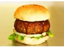 肉汁ブシャー!総重量400g!東京最大級のグルメバーガーが期間限定で登場!!