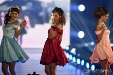 yurisa、CYBERJAPAN DANCERSメンバーと登場 ランウェイでもオーラ放つ<関コレ2016S/S>